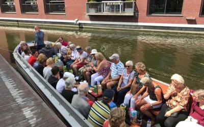 Boottocht Den Haag en barbeque Flevoland